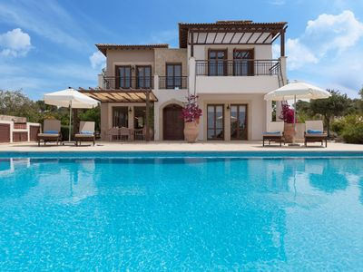 Photo for Luxury 5 bedroom Villa with Private Pool