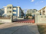Waterside Apartments by The Swan River with Free WiFi & Secured U/C Parking