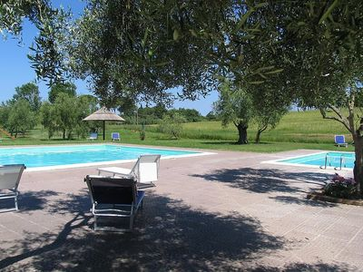 Photo for Apartment in Città della Pieve with Internet, Pool, Parking, Washing machine (347702)