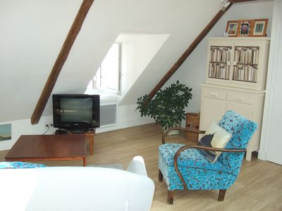 Photo for Charming apartment F2, full center, 200m from the beach, free parking prox