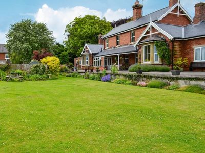Photo for 2 bedroom accommodation in Brompton by Sawdon