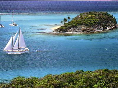 Photo for Yacht charter in the Grenadines, Caribbean Islands