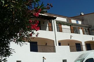 Photo for 4BR Villa Vacation Rental in Amélie-les-Bains-Palalda, Languedoc-Roussillon