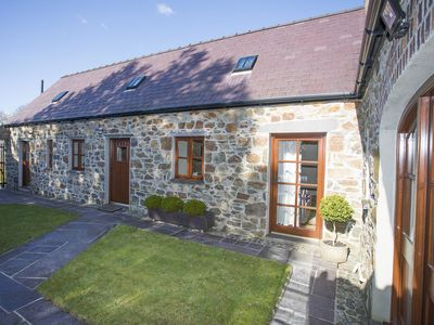 Photo for HEN STABL LLANDWROG, family friendly in Llandwrog, Ref 1008877