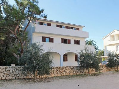 Photo for Apartment in Novalja (Pag), capacity 6+2