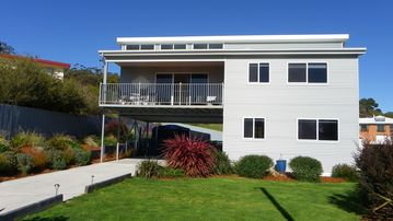Search 260 holiday rentals