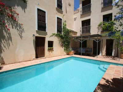 Photo for Luxury village house with pool and roof terrace overlooking the mountains.