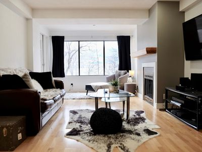 Photo for Downtown Lakefront Apartment