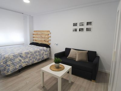 Photo for Modern Studio in Great, Central Location with Wi-Fi & Air Conditioning