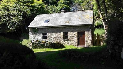 Photo for Traditional Cosy Stone Cottage