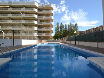 Photo for ALBENIZ3: Air conditioned apartment in residence with Sw pool close to the beach-Free wifi-La Pineda