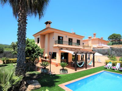Photo for Villa with private pool, 5 bedrooms, new outside area of 2018