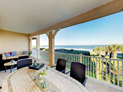 Photo for Modern, Updated Oceanfront Condo w/ Sweeping Views, Pool & Hot Tub