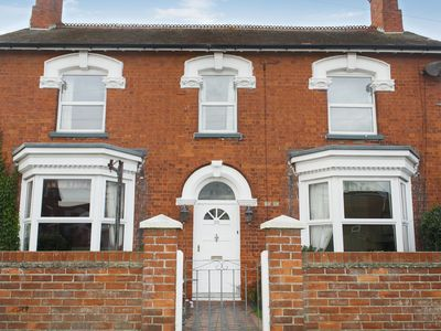 Photo for 4 bedroom accommodation in Sutton-on-Sea, Mablethorpe
