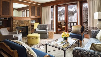 Ski-in Ski out Slope side with Five Star Resort amenities