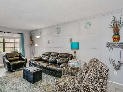 Photo for Gorgeous Updated Condo Steps from Bayou Texar and a Boat Ramp - Convenient to Downtown and the Beach