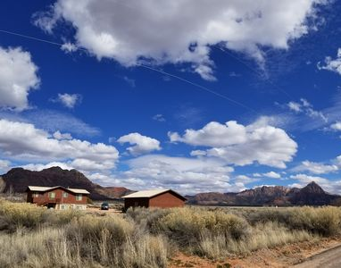 Photo for Biker's Paradise & Zions Haven w/ Amazing Views, Ping pong, 2 Living Areas
