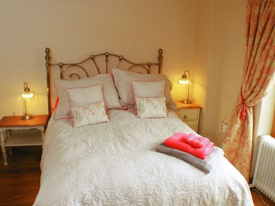 Photo for Quavers Rest - the tranquil spot in a quintessentially English Village