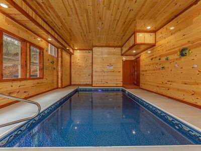 Photo for HUGE, Brand New Cabin with PRIVATE POOL!!