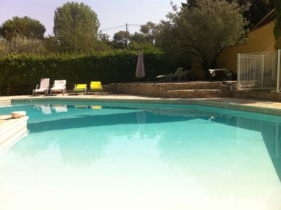 Photo for Nîmes Quiet detached villa with pool, spa, terrace and enclosed garden