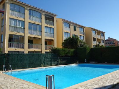 Photo for Apartment Les Prats Fleuris in Sanary sur Mer - 3 persons, 1 bedrooms