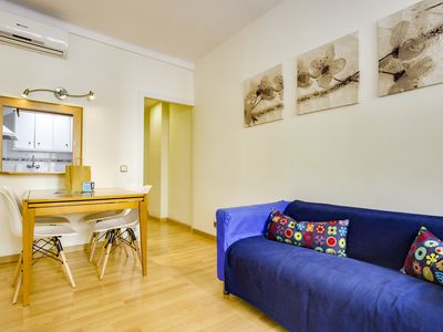 Photo for Great 2bed next to Arc de Triomf