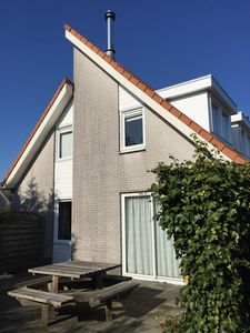 Photo for Comfortable holiday villa in the 5 star Park Zeeland on Grevelingenmeer / Brouwersdam