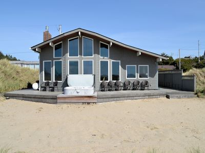 Photo for OCEAN BREEZE~Oceanfront w/hot tub and spectacular views!