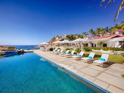 Photo for The most romantic beachfront cottage in Palmilla