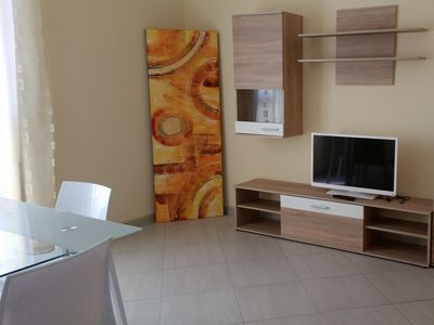 Photo for Nice apartment for 4 people with TV, pets allowed and parking