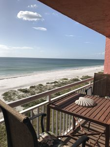 Photo for Charming Beachfront Retreat with spectacular views!