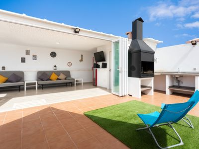 Photo for Beautiful duplex in the Parque de la Reina, Arona, with barbecue and communal pool
