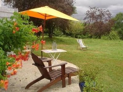 Photo for Charming summer cottage, special et quiet green setting, 500m from thermal baths