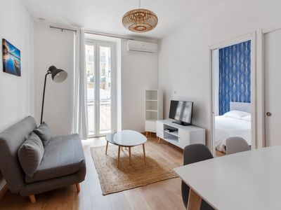 Photo for Modern one-bedroom with A/C and balcony near the port of Nice – Welkeys