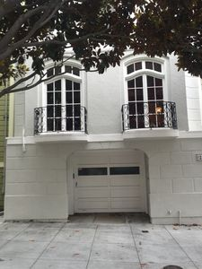 Photo for Spacious 4br/3.5 bath  House With Parking In The Heart Of San Francisco