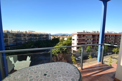 Furnished and covered Terrace with clear view onto Cambrils