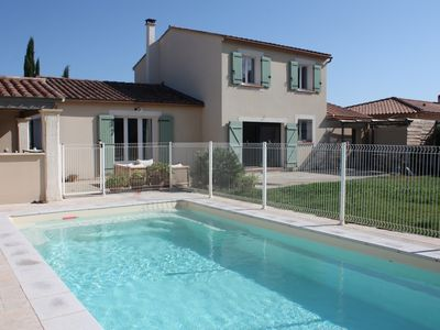 Photo for Beautiful contemporary villa with pool, near Saint Remy, at the foot of the Alpilles
