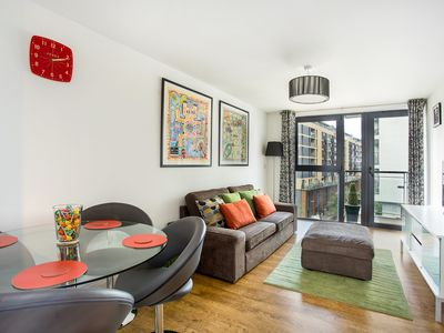 Photo for Modern & Secure 2 bedroom Canal-side Central East London apartment