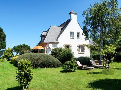 Photo for Vacation home in Trebeurden, Côtes d'Armor - 8 persons, 4 bedrooms