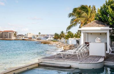La Luna Villa... 5BR beach front vacation rental in Beacon Hill, St Maarten