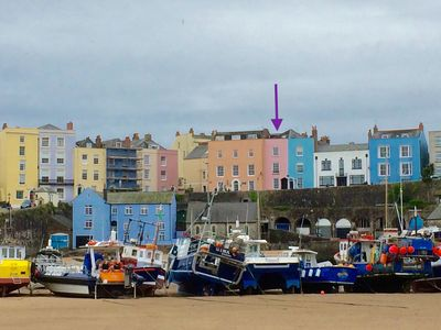 Photo for Fully modernised Tenby harbourside apartment. Perfect for beach and town alike