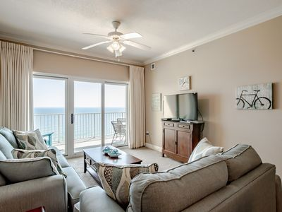 Photo for Location!! Beautiful 3/2! Upscale, splash pad, great gulf view!
