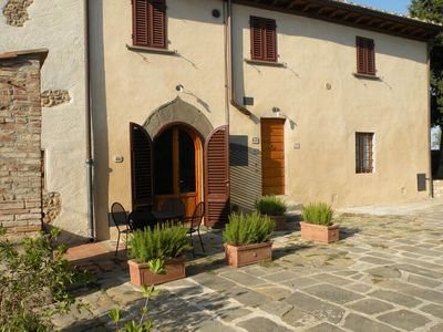 Photo for Vineyard, resort, swimming pool in the heart of Tuscany. Noce