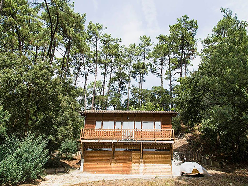 Maison d 39 architecte en bois fa on chalet soorts hossegor for Frais architecte