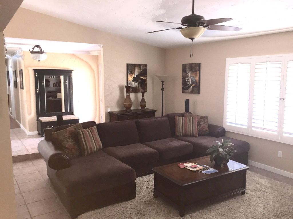 palm springs oasis private house with fireplace firetable bbq