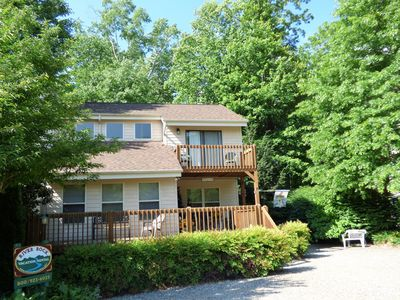 Photo for Perfect Mtn Retreat, Creek, Easy Paved Access, Fire Pit, Large Deck, Internet