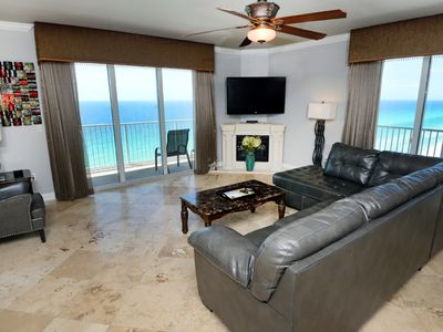 Photo for Gulf-front corner condo w/ amazing view, large balcony, pools & hot tubs!