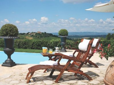 Photo for 16BR Villa Vacation Rental in Colle di Val d'Elsa