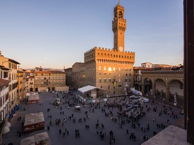 Photo for Luxury Apartment overlooking the PIAZZA SIGNORIA!