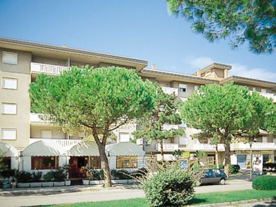 Photo for Apartment Ferienwohnung (LIG110) in Lignano Pineta - 3 persons, 1 bedrooms